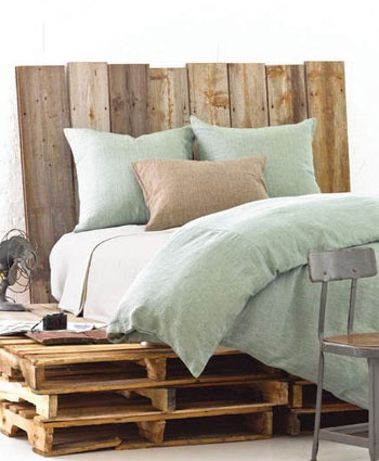 Pallet beds are all the rage in Beverly Hills and college dorms rooms.